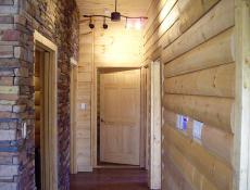 Строительство и изготовление домов и бань из оцилиндрованного бревна.